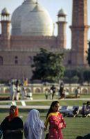 Pakistan_1991_0215